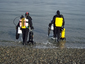 Peter with student for 100' dive