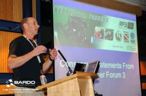 Simon Mitchell discussing the Rebreather Forum 3 Consensus Statements at EUROTEK  Image Credit: Jason Brown